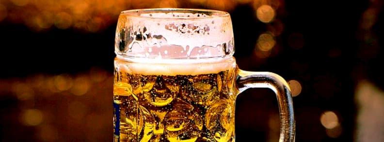 bere greceasca locala