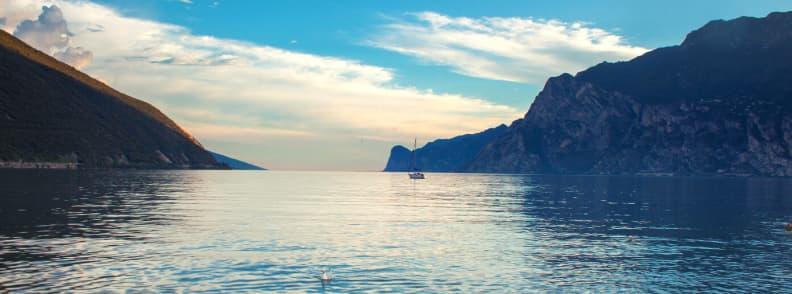 lacul garda italia vacanta pentru cei singuri de peste 60 de ani