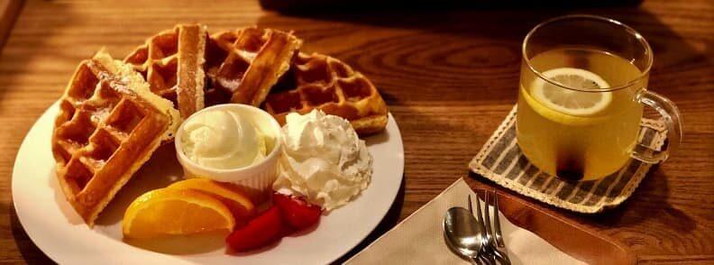 belgian waffles and tea