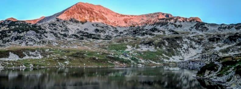 bucura lake retezat national park romania