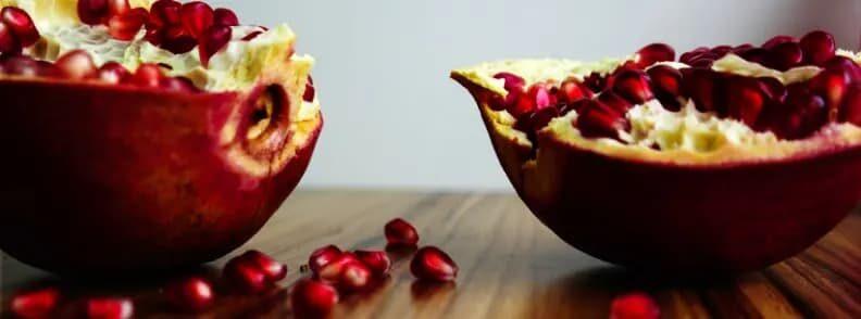 eat in armenia pomegranate
