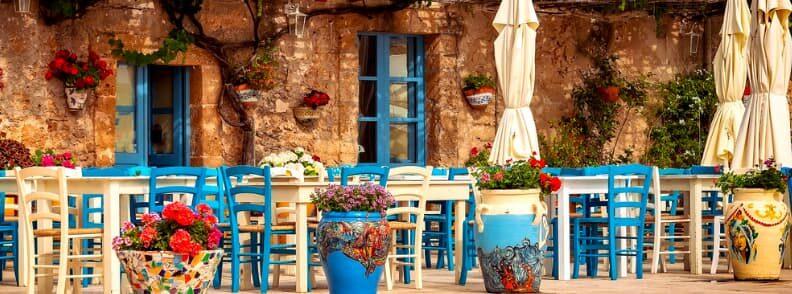 eating in greece greek taverna