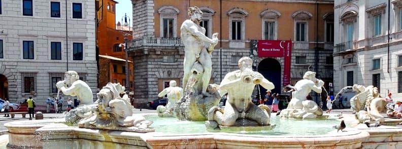 fontana del moro maur fountain in rome