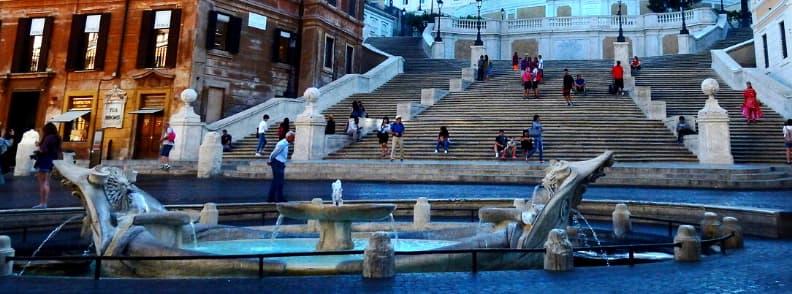 fontana della barcaccia fountain in rome