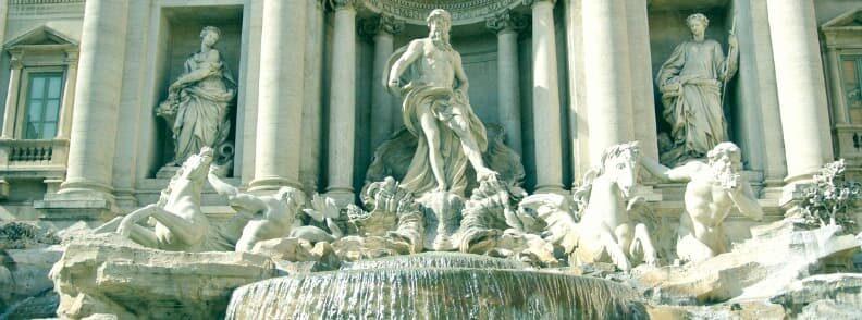 fontana di trevi rome historical center