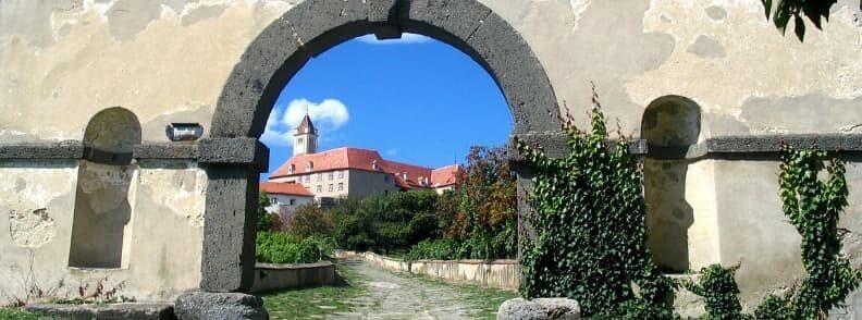 get to riegersburg castle austria