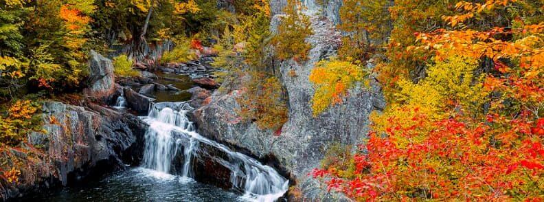 gulf hagas fall foliage in Maine