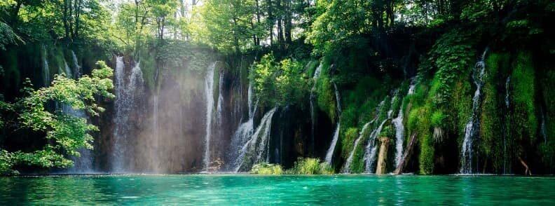 hiking vacation in croatia plitvice