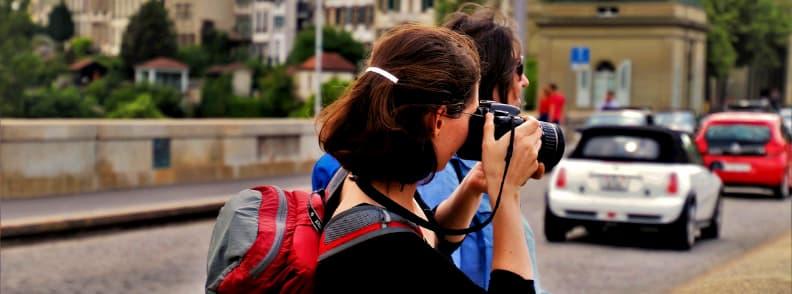 how to save money visiting europe free walking tours
