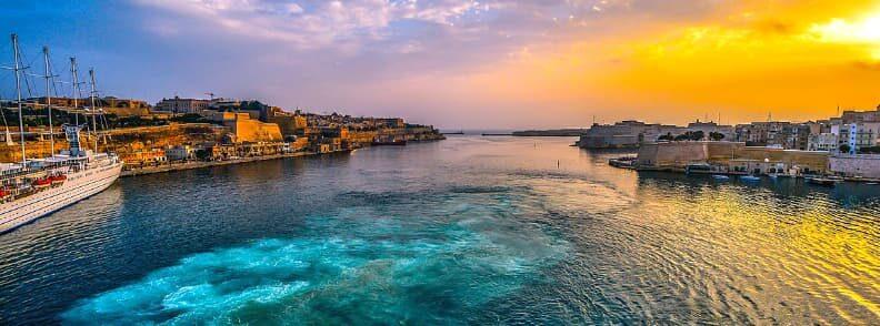 malta travel ferry