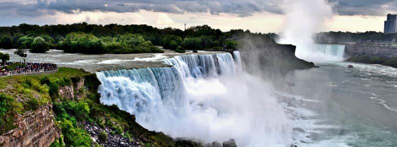 most romantic hotels in the world niagara falls canada