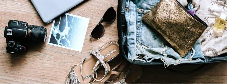 packing light solo female travel bag