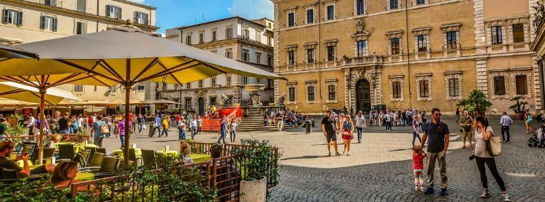piazza fontana santa maria in trastevere