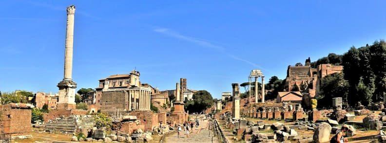 roman forum rome holiday itinerary