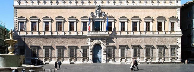 rome palazzo farnese