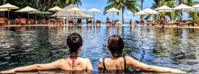 travel websites travel deals