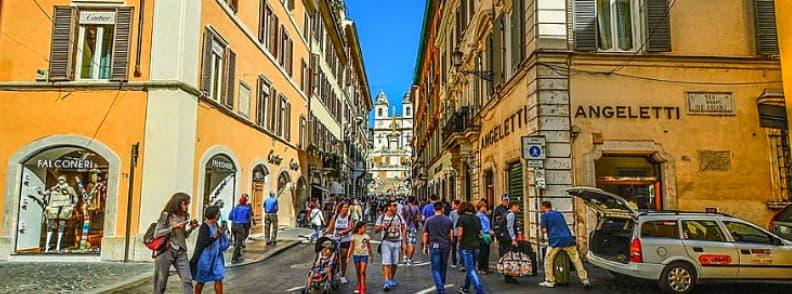 via condotti street in rome