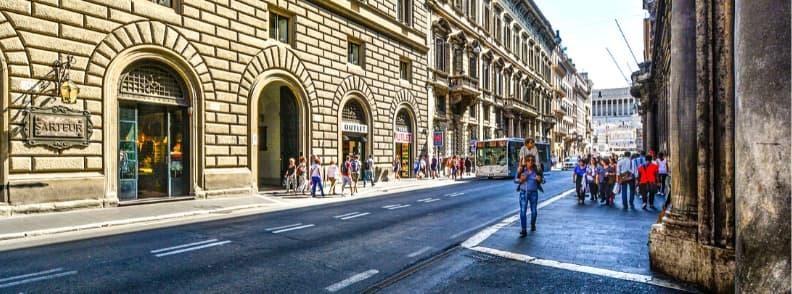 via del corso boulevard in rome