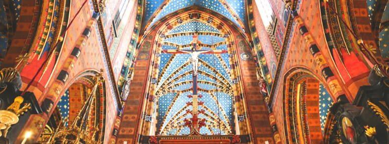 visit st mary basilica krakow