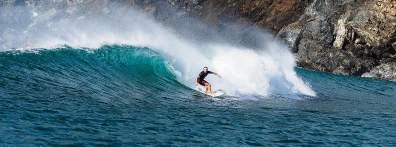 costa rica surfing pacific coast