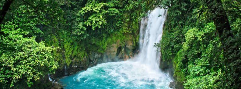 rio celeste river waterfall costa rica